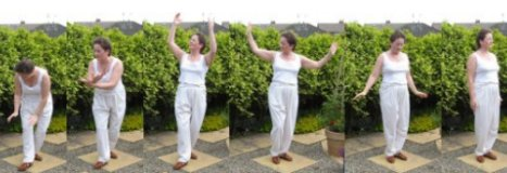 tai chi qi gong exercises – scooping the sea 3